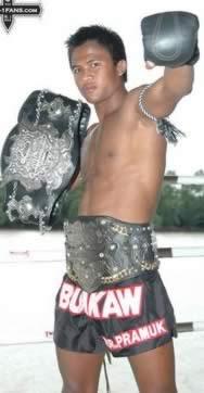 Buakaw termina ano como a maior estrela do Max