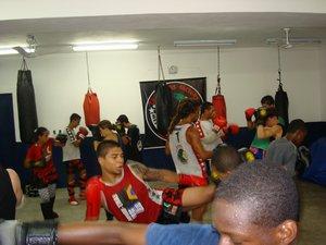 Champions Factory treina no feriado