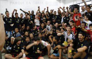 Centro de Excelência de Muay Thai faz campeão