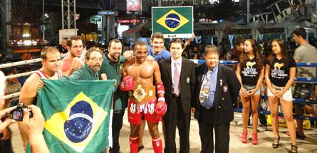 Brasil faz dois campeões mundiais de Muay Thai